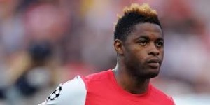 """Alex Song. """"Hair"""" to the Manchester thrown?"""