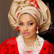 Lola Omotayo. In the eye of a storm