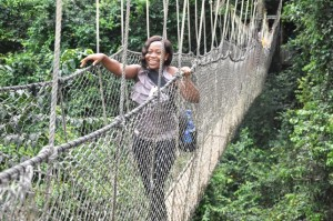 Ghanaian Journalist Mansa Quainoo ditched her fear of heights to walk on the hanging rope bridge